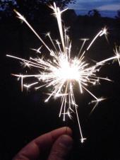 bog-firework-sparkler-pic