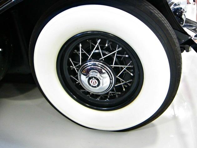 I loved the white rimmed wheels!