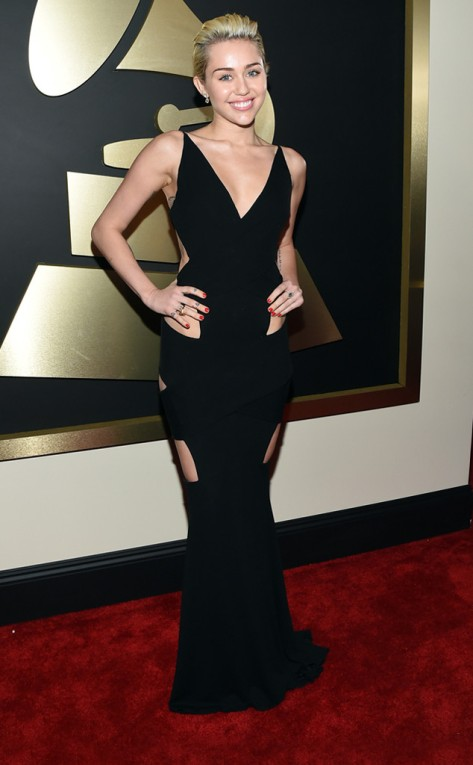 rs_634x1024-150208165949-634.Miley-Cyrus-Grammy-Awards.jl.020815
