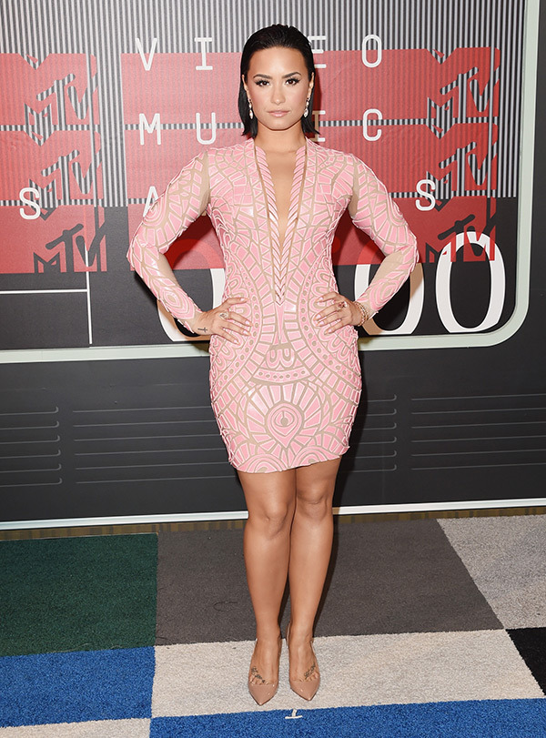 demi-lovato-mtv-vmas-2015-video-music-awards