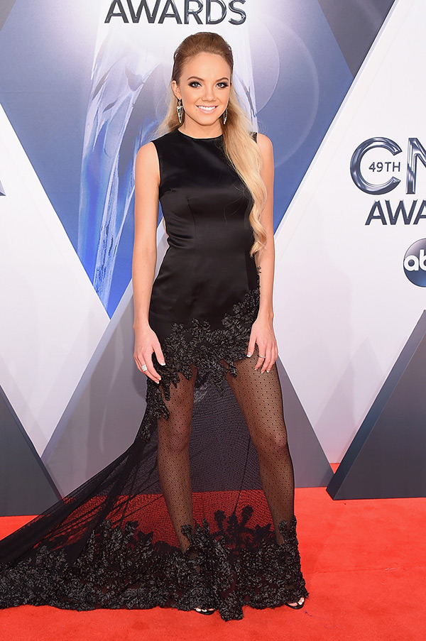 danielle-bradbery-cma-awards-2015-country-music-association